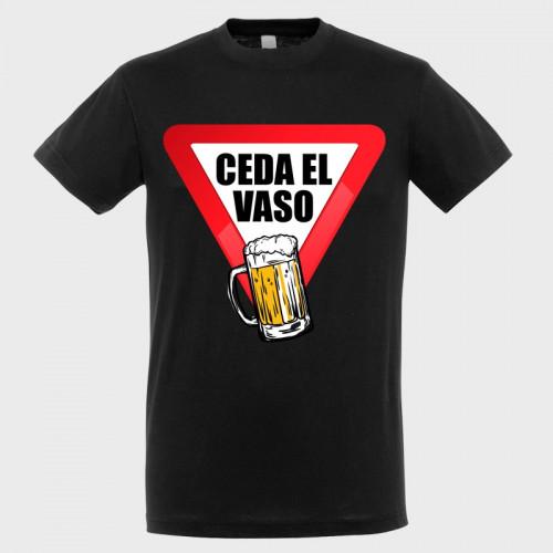 Camiseta despedida de soltero: ceda el vaso